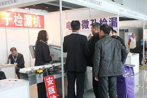 金睛制药机械检漏设备亮相第56届全国药机展,深受参展观众好评