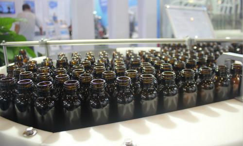 医药工业快速发展 上游洗瓶机设备威尼斯人网址迎机遇