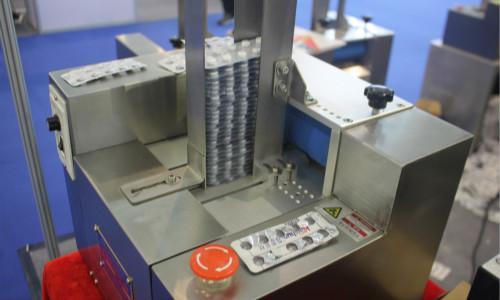 选购空气过滤器需考虑哪些方面的因素?